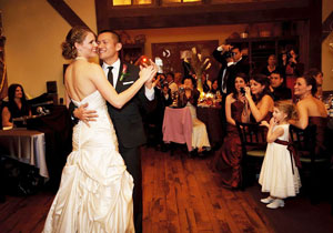 Crested butte weddings for Uley s cabin crested butte wedding